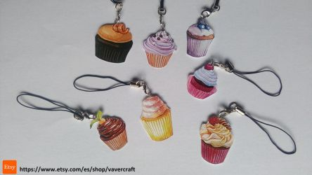 kawaii cupcake keychains by Vavercraft