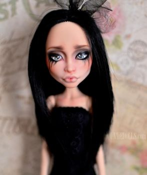 Nikki -  OOAK Headmistress Bloodgood by Katalin89