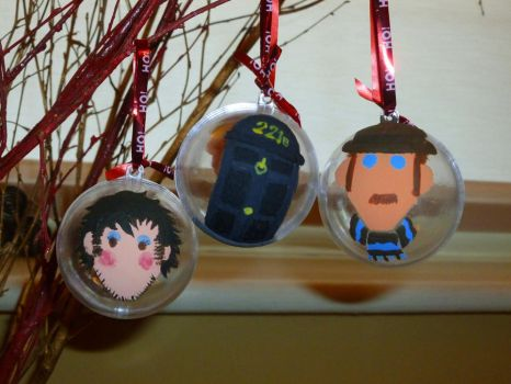 Holmes and Dr Watson Xmas Baubles by Elyssiel