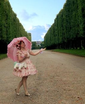 Versailles Promenade by SweetManiacDeluxe