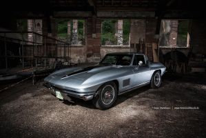 67 Sting Ray by AmericanMuscle