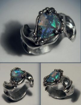 Mother's Ring by EpicEssentials