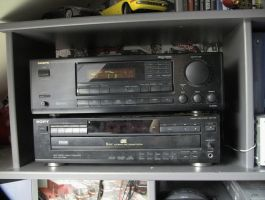 my new stereo by melliepivot
