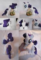 Rarity Beanie - New Pattern! by SailorMiniMuffin