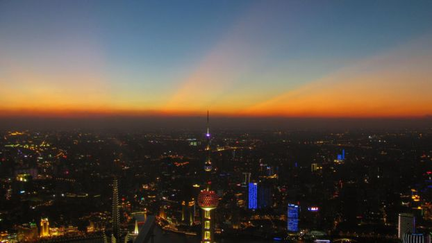 Top of Shanghai by spinninghead