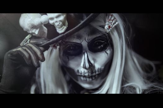 Black and White Skull Makeup by elenasamko