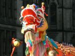 Dragon Rides The Crowd by TSLoire