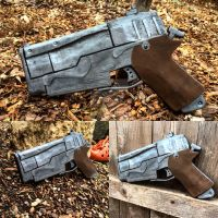 Fallout 4 10mm Pistol by crimcrimcosplays