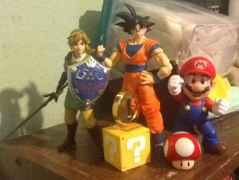 Figuarts: The Hylian, the Saiyan, and the Plumber by delvallejoel