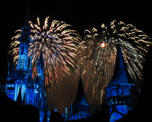 Castle Fireworks Show IMG 1078 by TheStockWarehouse