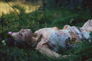 Under the shadow by AlexandraSophie
