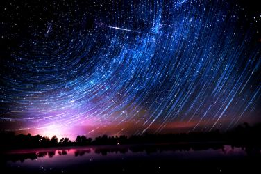 Camelopardalids Meteor Shower Time-lapse by blackismyheart90