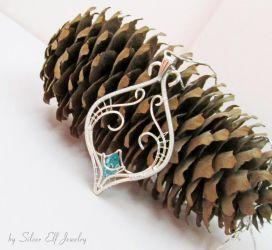 Elven Dream pendant by Lyriel-MoonShadow