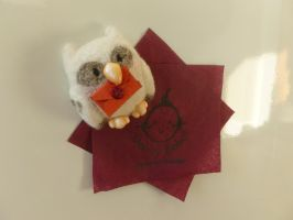 Needle Felt Hedwig Magnet with Hogwarts Letter by Sarsie