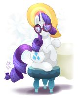 MLP FIM - Rarity Not So Loud Please by Joakaha