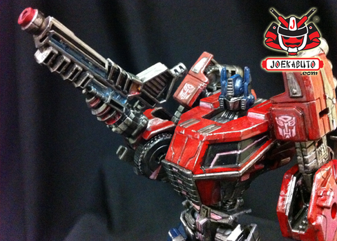Transformers FOC : Optimus Prime Repaint 06 by wongjoe82