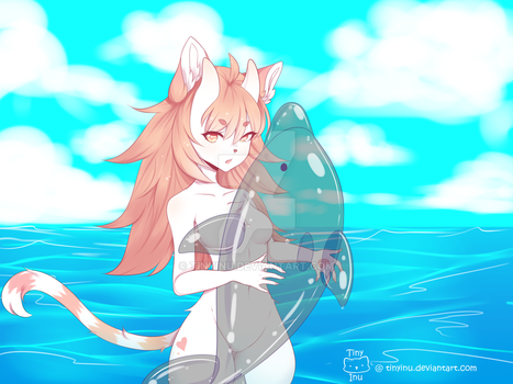 Day at the beach! by tinyinu