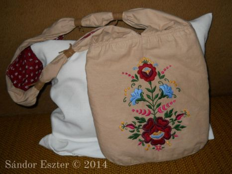 Bahia bag with embroidery by PilgrimMaiden
