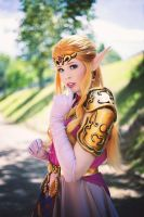 I am Zelda, the Princess of Hyrule - Cosplay by TineMarieRiis