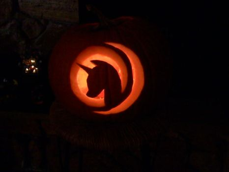 Mare in the Moon Pumpkin by Zanshlou
