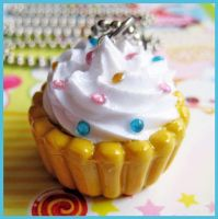 Cute Cupcake Necklace by cherryboop