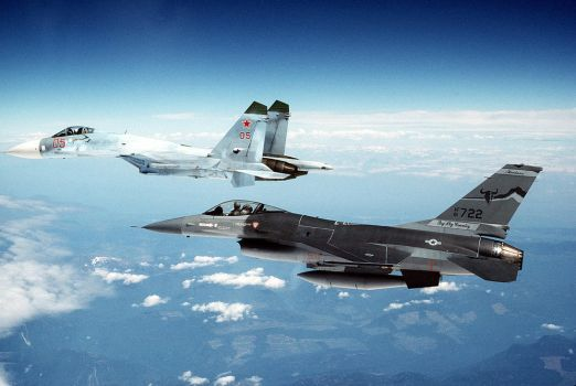 General Dynamics F-16A Fighting Falcon Intercept by GeneralTate