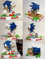 Handmade: Sonic the Hedgehog Sculpture by vitav