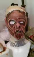 Zombie mask - Pull and sculpture by Riskyo