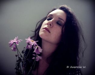 I'm drowning in light... by aneresia