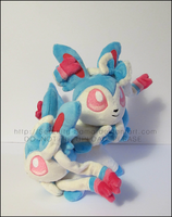 Plushie: Sleepy Shiny Sylveons by Serenity-Sama