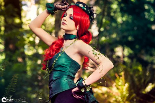 Steampunk Poison Ivy by cosplayphotogs