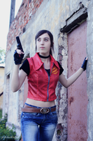 I'm Claire, Claire Redfield... by AliceCroft