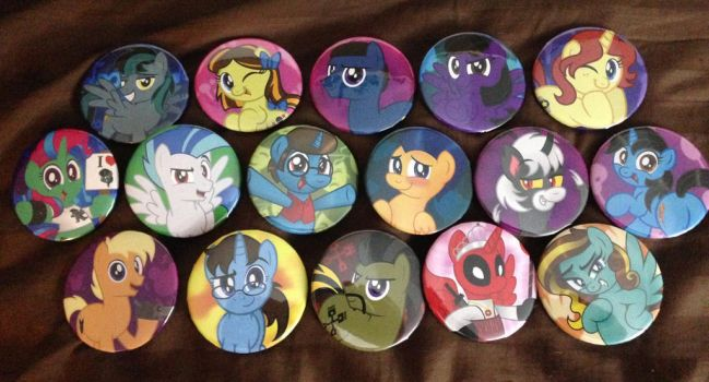 Buttons for friends at BronyCon by AleximusPrime