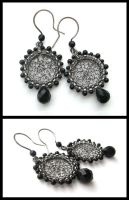 onyx silver round earrings by annie-jewelry
