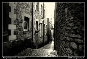 Mary Kings Close Edinburgh by fotoguerilla