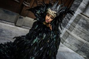 Feathered Queen - Ravenna Cosplay by the-mirror-melts