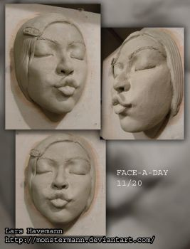 FACE-A-DAY 11/20 sculpture by Monstermann