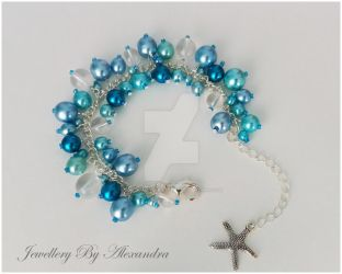 Cluster Bracelet-Blue with Starfish Charm by WhiteMagicPriestess