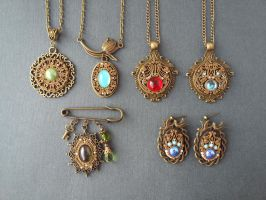jewelery Vintage style by Comics-kinder