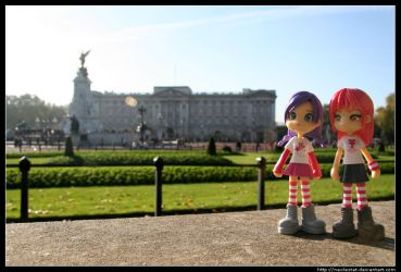 Pinkys visit the Queen by neolestat