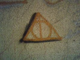 Symbol of the Deathly Hallows by Mortfuhrer