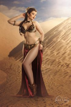 Slave Leia by LilifIlane