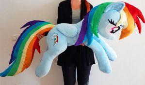 Lifesize Rainbow Dash by Epicrainbowcrafts
