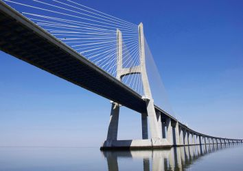 Vasco Da Gama Bridge by Elaihr