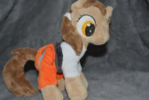 Chell (Portal) MLP plushie by Staphilea