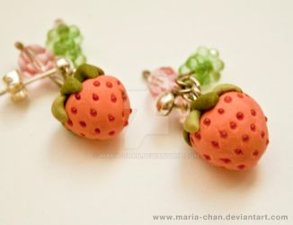 Strawberry earrings, new by maria-chan