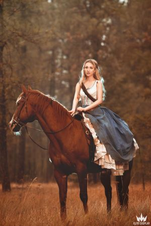 Dolores - Beauty in what we are by elliria