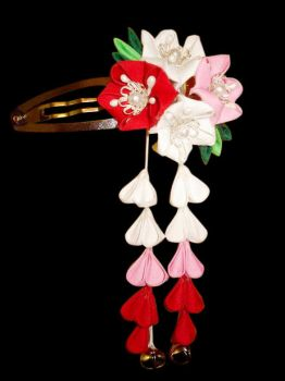 Ling Clip - Red, Pink, White by thedrunkenprincess