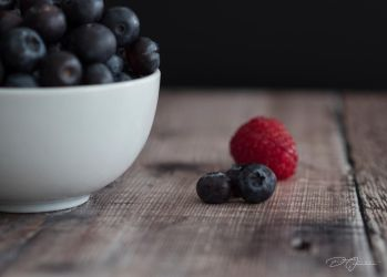 Blueberries... by DeoIron