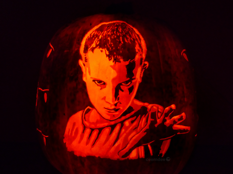 Stranger Things Pumpkin by ceemdee
